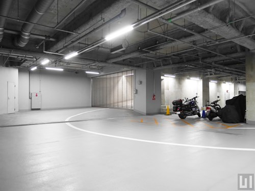 地下機械式駐車場・バイク置き場
