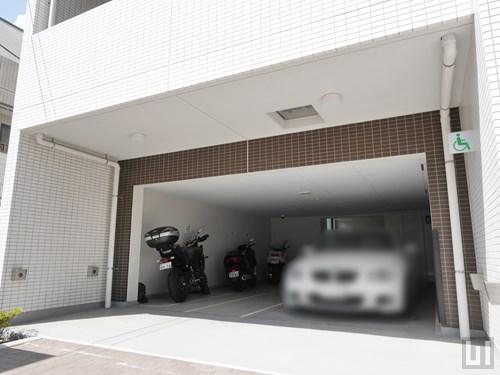 駐車場・バイク置き場