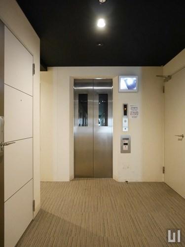 防犯モニター付きエレベーター