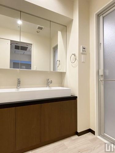 11階住戸 - 洗面室