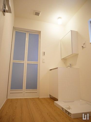 201号室 - 洗面室