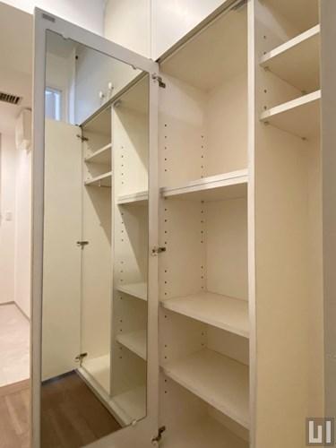 リノベーション1R 32.00㎡(2階) - 玄関・収納