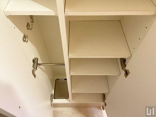 1R 40.44㎡タイプ(1階-2階)- 玄関・下足入れ