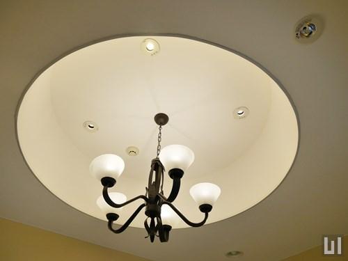 エントランスホール・照明