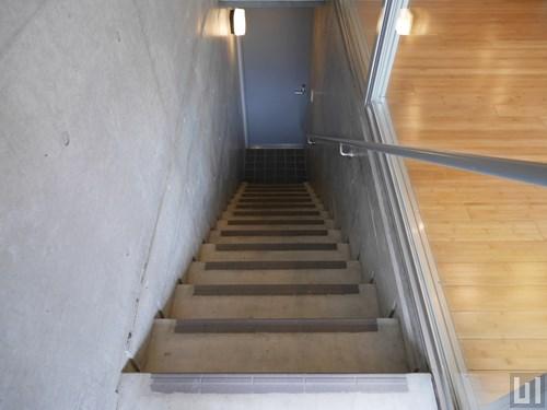 1LDK 55.42㎡タイプ - 階段